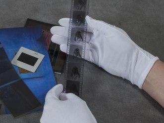 Gloves-Lintless-Nylon-White-Archival-Methods-v01